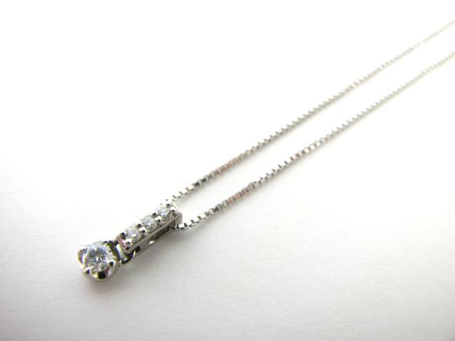 クレージュ ダイヤモンドネックレス