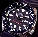 SEIKO/200m diver''s watch【セイコー/200m防水ダイバーズ】自動巻 メンズ腕時計 ラバーベルト ブラック文字盤 JAPAN MADE SKX007J【楽ギ