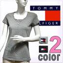 【楽天最安値挑戦中】【あす楽対応】TOMMY HILFIGER トミーヒルフィガー半袖Tシャツ トップス Tシャツ 半袖 女性用 レディース ヘンリーネック ブラックグレー