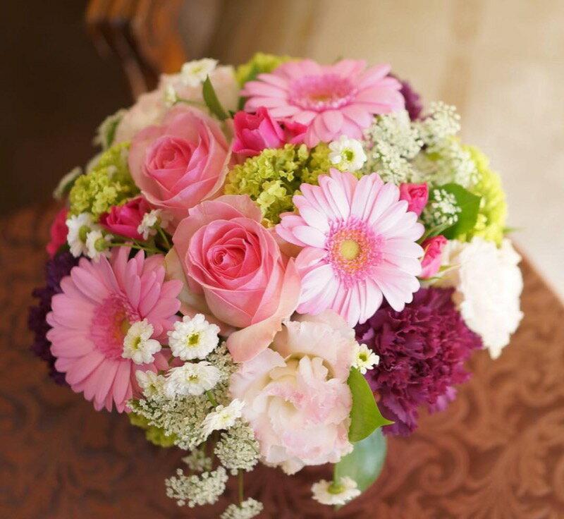 敬老の日花競技会優勝者が作るオリジナルフラワーアレンジメント花束季節の花束花フラワープレゼントフラワ
