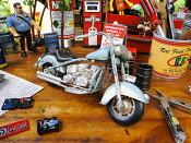 オールドバイクのブリキオブジェ ■ アメ車 アメリカ雑貨 アメリカン雑貨 アメリカ 雑貨 インテリア こだわり派が夢中になる人気のアメリカ雑貨屋 小物 モデルカー 置物 小物 模型 おもちゃ おしゃれ アメリカ 雑貨