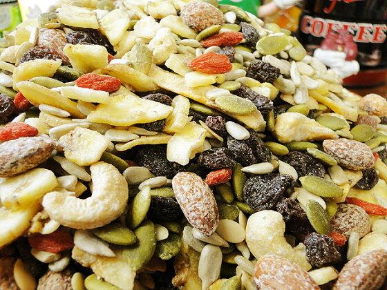 所さんが「これが今のところ一位」と絶賛したあの乾き物ドライフルーツ&ナッツお買い得どっさり1kgパック★アメリカ雑貨アメリカン雑貨