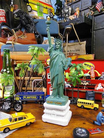 デスクに置ける「ザ・アメリカの象徴!!」 自由の女神のオブジェ(Lサイズ) ■こだわり派が夢中になる!人気のアメリカ雑貨屋 通販 アメリカ雑貨 アメリカン雑貨 インテリア雑貨 カッコイイ男の部屋!おしゃれ 生活雑貨