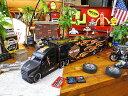 マイスト ハーレーダビッドソンのコンボイトレーラーのミニカー 1/64スケール(ブラックヘッド) ■ ミニカー アメ車 アメリカ雑貨 アメリカン雑貨 アメリカ ...