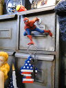 自宅の玄関が「小さなテーマパーク」 スパイダーマンのマグネットハンガー ■アメリカン雑貨 アメリカ雑