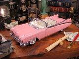 マイスト 1959年ピンクキャデラックのダイキャストモデルカー 1/18スケール ★アメリカ雑貨★アメリカン雑貨★アメ雑