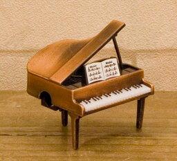 アンティークシャープナーレトロ グランドピアノ鉛筆削り♪お取り寄せ商品です♪【音楽雑貨 音符・ピアノモチーフ】【バレエ発表会の記念品に最適♪】お取り寄せ 大量注文できます♪音符 ト音記号 楽譜