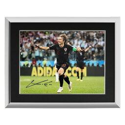 <strong>ルカ・モドリッチ</strong> 直筆サインフォト 額装 クロアチア代表 2018 FIFA ワールドカップ ゴール vs アルゼンチン (Luka Modric Signed Croatia Photo___ 2018 FIFA World Cup Goal vs Argentina) 3/12入荷