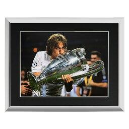 <strong>ルカ・モドリッチ</strong> 直筆サインフォト 額装 レアル・マドリード UEFA チャンピオンズリーグ ウィナー (Luka Modric Signed Real Madrid Photo___ Four-Time UEFA Champions League Winner) 3/12入荷