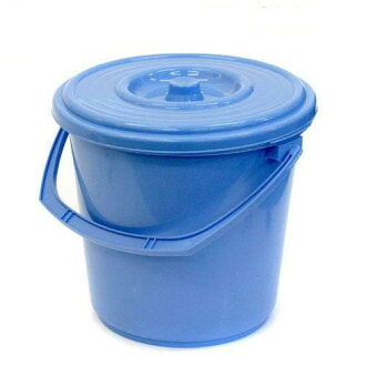Universal bucket blue lid colander with Kanto day flights.