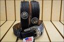 C12433 メンズ ブラック コンチョ バスケットウェーブ レザー ウエスタンベルト (サイズ:32〜46インチ) ジャスティン 【JUSTIN】