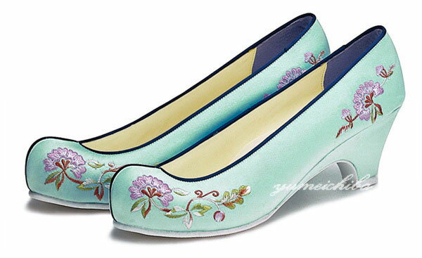 チマチョゴリ韓服の靴 タンポポ刺繍コッシン 12...の商品画像