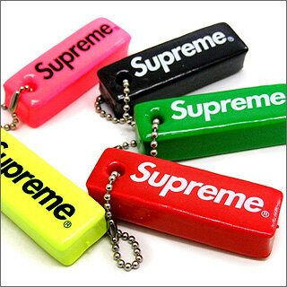 SUPREME (shupurimu) Logo Key Holder