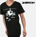 Banksy バンクシー Tシャツ Vネック メンズ 【送料無料】 新作 T シャツ Helicopter Bow T-Shirt ブラック Black コットン UKモッズ banksyhellblack *s *m *l *xl 父の日 ギフト