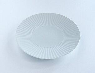 プレート デザイン おしゃれ テーブル