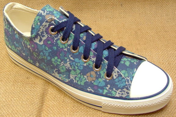 【flower design -蒼-】●こだわり派の方やコンバースのオールスター派のオシャレさん必見のスニーカーです! ■スニーカーが作れるお店■オーダーメイドで世界に1つだけのオリジナル靴