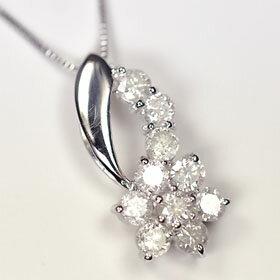ダイヤモンド ペンダント ホワイト ゴールド スウィートフラワーペンダント ネックレス