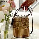 ショッピングパター Vネックフリルフラワーブラウス・全1色・b57493 レディース 【bl】 韓国ファッション トップス ブラウス 半袖 大人 花柄 フラワー パターン 小花柄 Vネック フリル 体型カバー スリム 細身 上品 フェミニン ガーリー デコルテ 夏 春