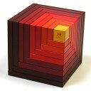 スイスの木製玩具メーカーnaef社(ネフ)のグラデーションが美しい積み木です。だれにでも簡単に芸術的なオブジェを作ることができます。 naef(ネフ社) セラ 赤