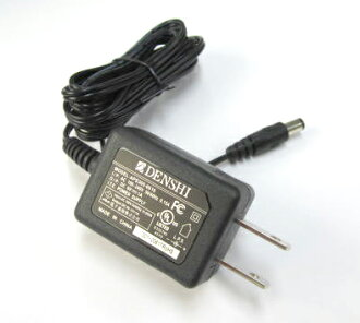 6 V/1 A switching adapter APS305-0610.
