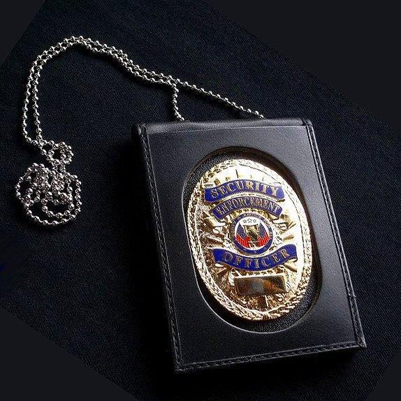 ストロング ID&ポリスバッジホルダー 71600 ネックチェーン 楕円 革製 IDカード&ポリスバッジホルダー -040 楕円型(オーバル)   IDホルダー 名札入れ 社員証 IDカードケース カードホルダー ポリスバッジケース 警察バッジケース ポリスバッチケース 警察バッチケース