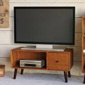 80テレビボード コンパクトなので、ひとり暮らしのお部屋にも活躍する、北欧系ローボード。温かみのあるお部屋を醸し出します。背面にはAV機器などの配線に便利なコード穴付き!!