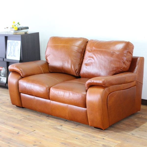Genuine leather sofa chester genuine leather sofa genuine for Living room ideas trackid sp 006