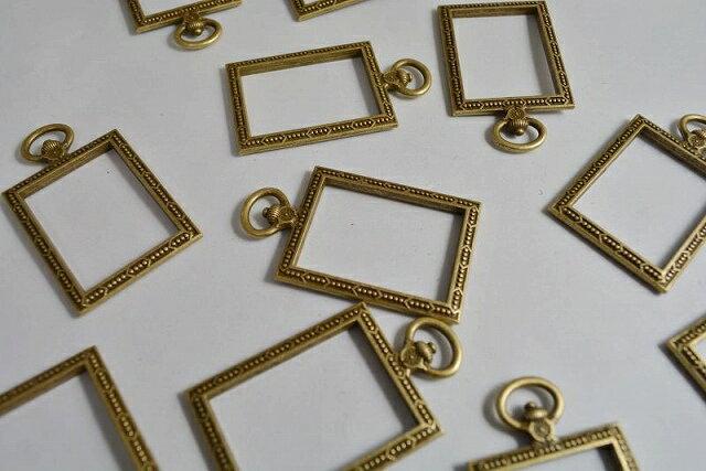 アクセサリーパーツ レジン枠 長方形 デザイン 金古美 空枠 フレーム 53mm 1個