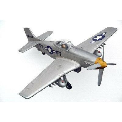 ムスタングP51(アメリカ軍)最速・戦闘機B(全長1.9m)