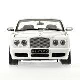 2006年モデル ベントレー アズール ホワイト2006 Bentley Azure White 1/18 Diecast Car Model by Minichamps