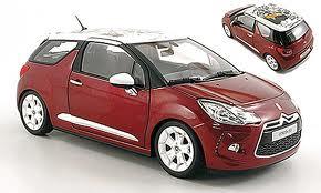 2010年モデル シトロエン DS3 レッド2010 Citroen DS3 Sanguine Red with White Roof 1/18 Diecast Car Model by Norev