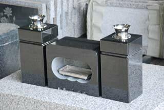 角型香炉花立セット黒御影石