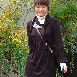 Soft front tack beautiful silhouette secret! great dress with scarf worn in soft touch and feel good, ◆ stall with フロマージュチュニック