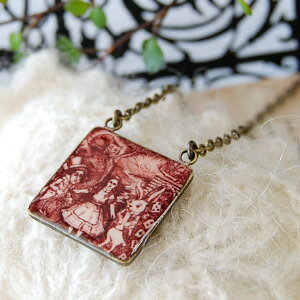 I invite you to the world of Alice that is a fairy tale! Antique pendant /fs3gm ◆ Wonderland Alice necklace with the clock of the Oval type of the square type & glitter lam of the sepia petit with two types