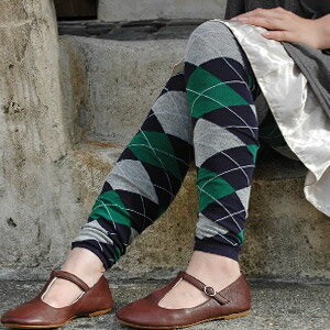 Spring10/23 release of Magazine posted items! Now and stylish classic Argyle pattern leggings! Wrapped warm and cute feet 2 color diamond pattern, ornate ♪ settled a color‑based so fashionable to handle spats debut ◆ w closet: アーガイルチェックスパッツ