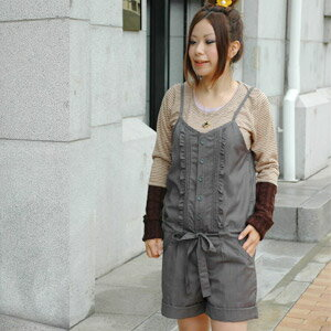 The monotone salopette which added a pin-tuck and a quality of of the chest child of the woman including the frill & ribbon! An overall of the short pants length that a shoulderstrap can regulate than a double closet is appearance ◆ w closet: Cool fr