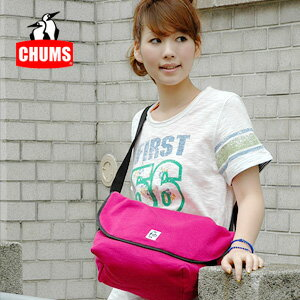 Casual messenger bag of the strong sweat shirt material which a lot of baggage can hold! Man and woman combined use bag ◆ CHUMS (Kiamusze) where the style is perfect at bias in a sliding shoulder: Sweat shirt messenger bag