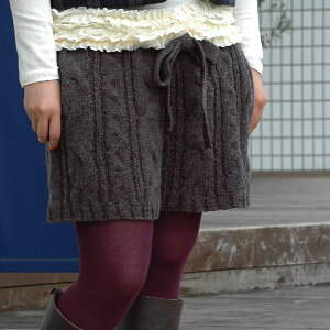 Girly degree to complement the colours and beautifully handcrafted thickish line cable knitting and West NET Ribbon is adorable silhouette! 'SETI' than a must have item for fall/winter code loosely appeared crochet knit shorts ◆ Zootie: natural CAPNET shorts