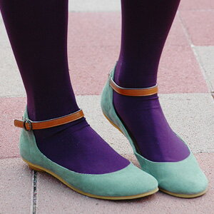 In the warm impression that the girl has in the pumps of the corduroy place! Product made in Japan 2WAY item ♪◆ corduroy strap pumps letting the adult face that a strap is refined of the fake leather peep out as for the pumps which I can remove an ankle