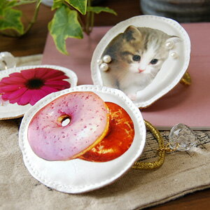 Anyone is surprised at a real photograph print! Kitschy big impact pony /fs3gm ◆ photograph puff hair rubber of the fake leather place which only the favorite thing of the rabbit ‥ girl was drawn on to a kitten, a marguerite on a doughnut