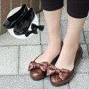 2010SS新色追加で再登場!こんなに可愛くて感激のプチプラ!履けば絶対HAPPY気分の2WAYラバーパンプス♪雨の日もOK!キラキラと光り輝くラバーシューズでキュートな女性に!スパンコールのりぼん付きオープントゥレトロフラットサンダルでレインシューズにもGOODなビニール靴◆キラキラスパンコールクリップリボンラバーパンプス