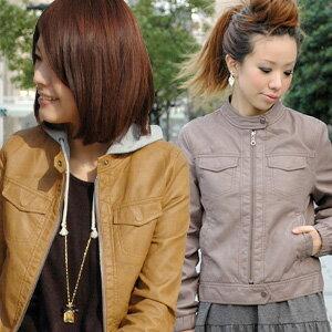 シングルライ dozen not cramped for space, feel free to enjoy the パーカーイン! Sweat hood is removable 2-WAY design long sleeve faux leather jacket ◆ hooded sweat jacket