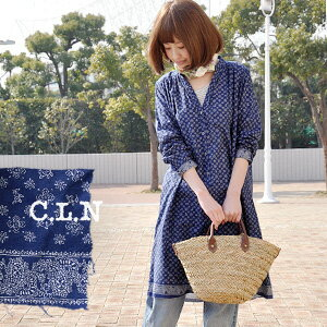 A simple texture dyed with indigo blue, knee-length one piece of natural, gentle floral design! Design / knee length ◆ C.L.N