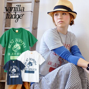 American casual short sleeves Tee of the wolf print which I was able to graze with a feeling of vintage! Lady's cut-and-sew / wolf / wolf / wolf ◆ vanilla fudge (vanilla fudge) of the compact size that a girl is worn in just: BLACK WOLVES T-shirt