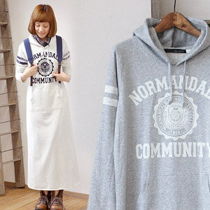 The vintage style design / long sleeves ◆ NORMANDALE COMMUNITY college print sweat shirt parka maxiskirt length one piece which an emblem of the ◎ flock print that it is the best recommended American casual sweat shirt proud of immovable popularity, to take in in long one piece in this season shines