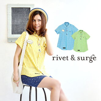 "The remake-like lady's shirt which a button was attached to at random! / blouse / haori ◆ rivet and surge (rivet and serge) with the balloon-shaped ""GOOD LUCK"" badge: Button enthusiast gingham check shirt [short sleeves] with the broach"