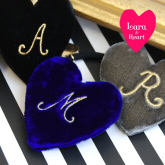 Heart shaped hair accessories embroidered alphabet to make me feel special and I just. gifts for ladies ◆ &Heart Lara (Lara and heart): velvetinitiarharthairgom, gold italic