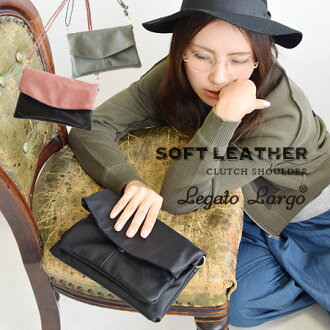 Cute plump soft faux leather, gentle square-♪-storage clutch Pochette Bag were fitted with pockets all over the place. Over the shoulder gusset & angled loveseat also: ladies / bag / bag /BAG / ◆ スフレフェイク leather 2 WAY much bag