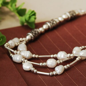 Bresse 3 like you! Attractive beautiful shells of Freshwater Pearl! A unique matte silver beads classy texture and natural stone breath! ◆ Silver Bead Bracelet [flower barrel], s outlet goods.""
