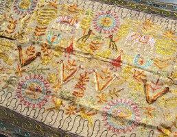 インド☆刺繍タペストリー〜その12〜